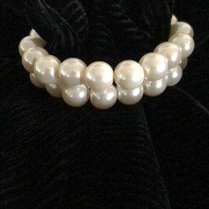 Jewelry - 2pcs - pearl elastic bracelets